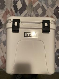 Brand New Yeti Roadie 24 Hard Cooler Box - White