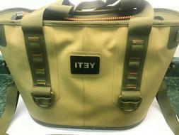 Yeti Hopper 20 Portable Soft Cooler - Field Tan / Blaze Oran