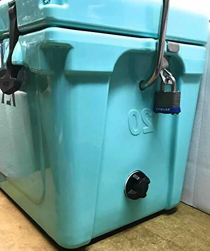 Pair Yeti-Roadie Cooler