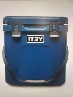 YETI Roadie 24 Hard Cooler - Navy Blue